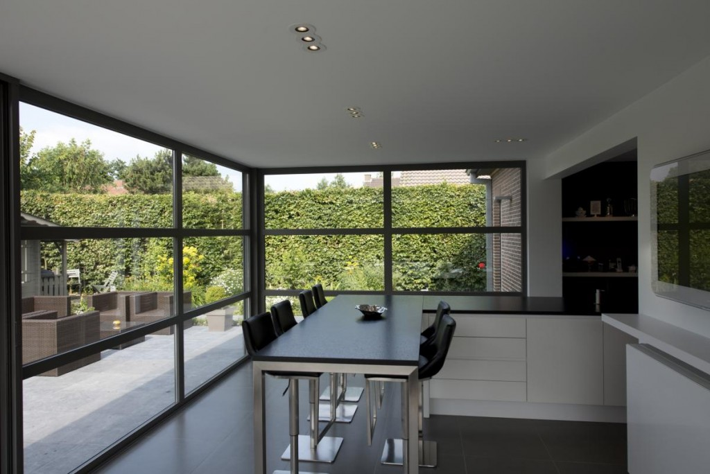construire une extension les r gles connaitre les artisans 42 conseils pour faire appel. Black Bedroom Furniture Sets. Home Design Ideas